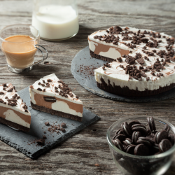 Tarta de chocolate con mini...
